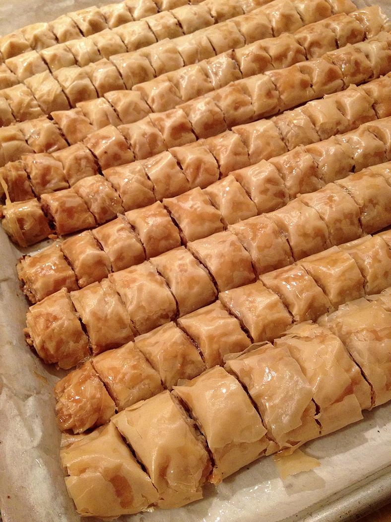 baklawa roll